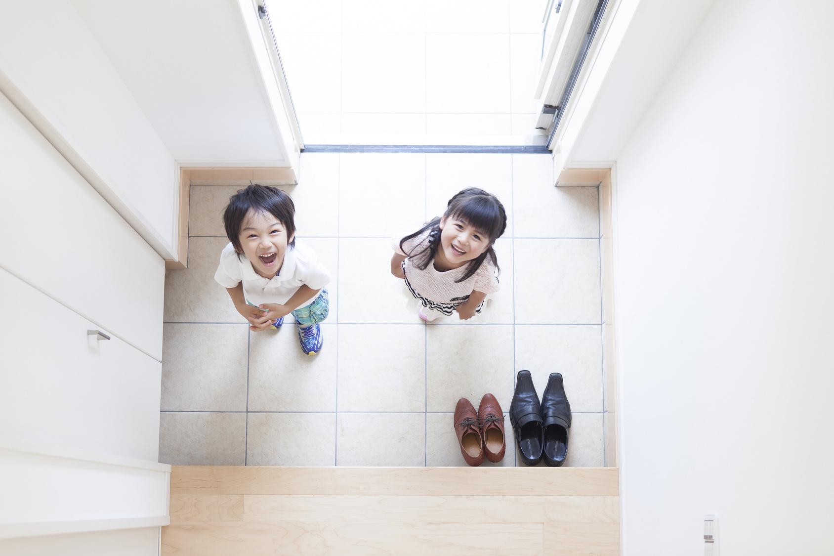 entrance_kids